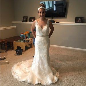 Maggie Sottero ZAMARA wedding gown size 10